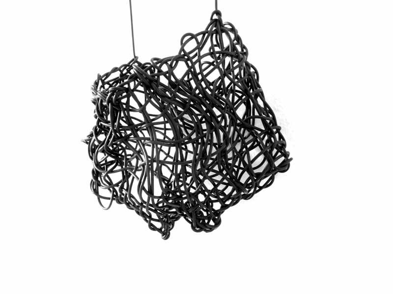 swing | 2019 | 27 (335) x 31 x 9 cm | Linoleumschnüre